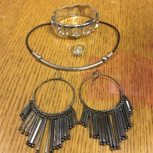 Black and Silver Jewelry Set (4 piece)